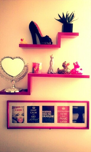 Girly shelves and bathroom on pinterest for Girly bathroom accessories