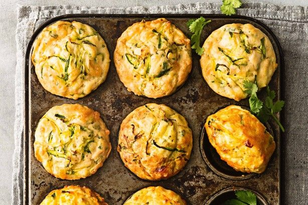 Zucchini slice muffins - Turn your favourite recipe into portable muffins for the lunchbox. #lifegoals