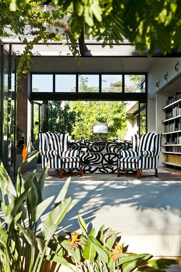 marimekko house // outdoor black + white stripes | house nerd
