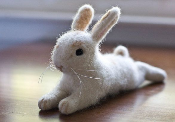 In our newsletter this week we featured this wonderful bunny by Teresa Brooks. She also made our Felting Friends Pic of the Week on facebook! A few people have asked whether we have more photos of her bunny, so please enjoy these along with the info shared in our newsletter. I first became