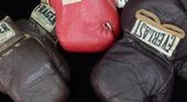 Torna ubriaco dalla sagra e picchia la moglie con i guantoni da boxe - http://www.sostenitori.info/torna-ubriaco-dalla-sagra-picchia-la-moglie-guantoni-boxe/257133