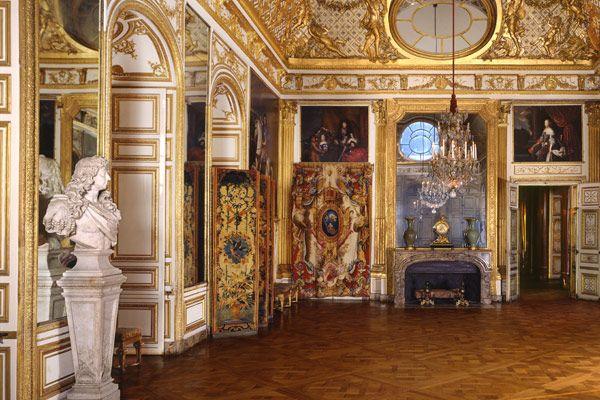 Le Château - Château de Versailles, Salon de l'Œil-de-bœuf