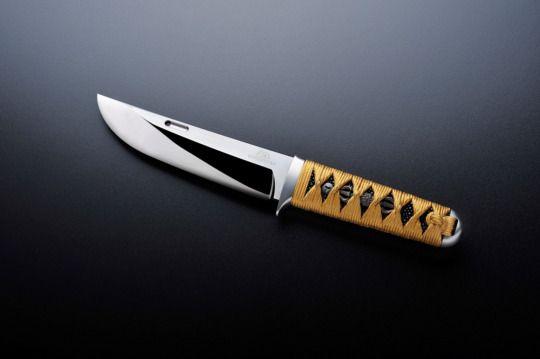 Rockstead knives  / Hammer my bones on the anvil of daylight