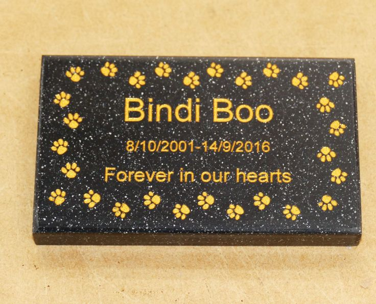 Memorial plaque choose colour size and what you wish engraved. Optional colour printing for exterior use