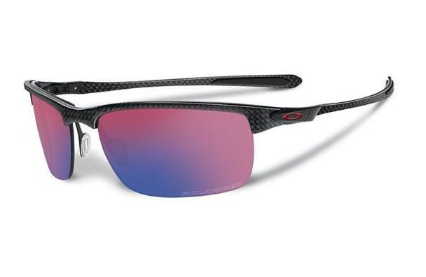 Experience the all-day comfort and durability of Oakley's latest ground-breaking design, Carbon Blade.