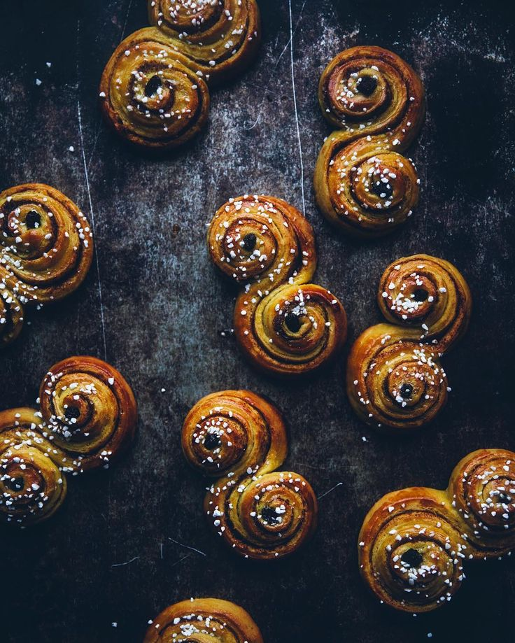 Devouring the last of these cinnamon bun lussekatter and wrapping gifts What are you up to today?