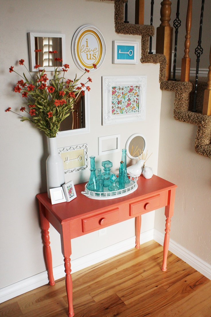 Foyer Key Table : Best ideas about small entryway tables on pinterest