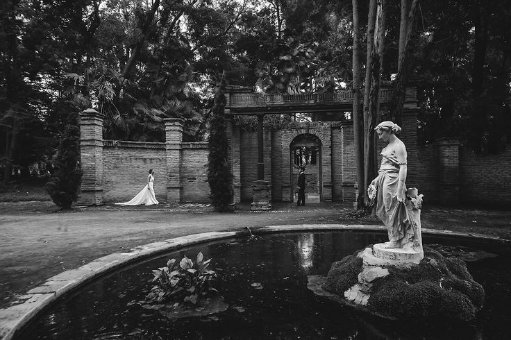 Viña Santa Rita! Una de la sesion de Manuel y Carolina! #fotografodematrimonio #viñasantarita #andresmedina #pelaomedina #boda #chile www.andresmedina.cl