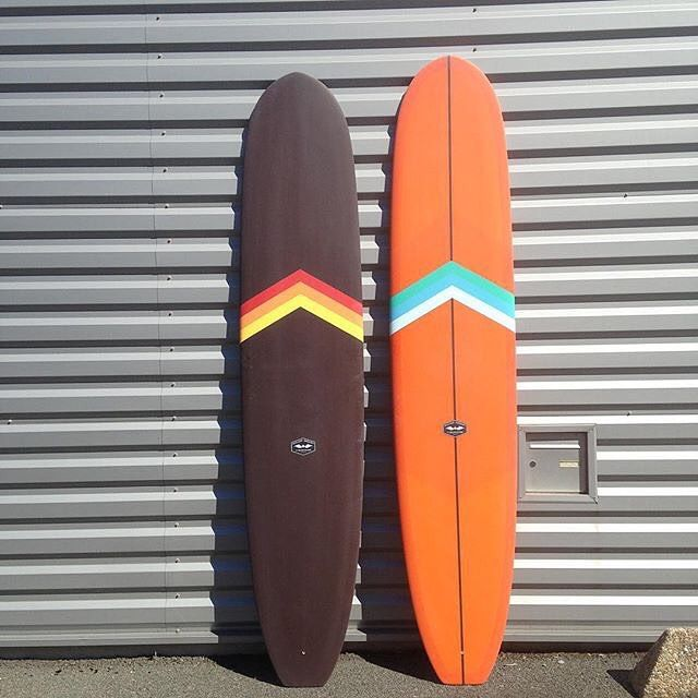 CJ Nelson Classic Models with oldschool Chevrons by @southcoast_surfboards @uwlworkshop and glassing crew @burnouwl & @theluckybastards for @uwlworkshop : @benuwl #uwlworkshop #cjnelsondesigns #southcoastsurfboards #theluckybastards #surfboard #resinart #longboard