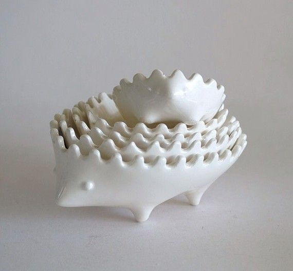 Walter Bosse Style Stacking Hedgehog Ashtrays in White