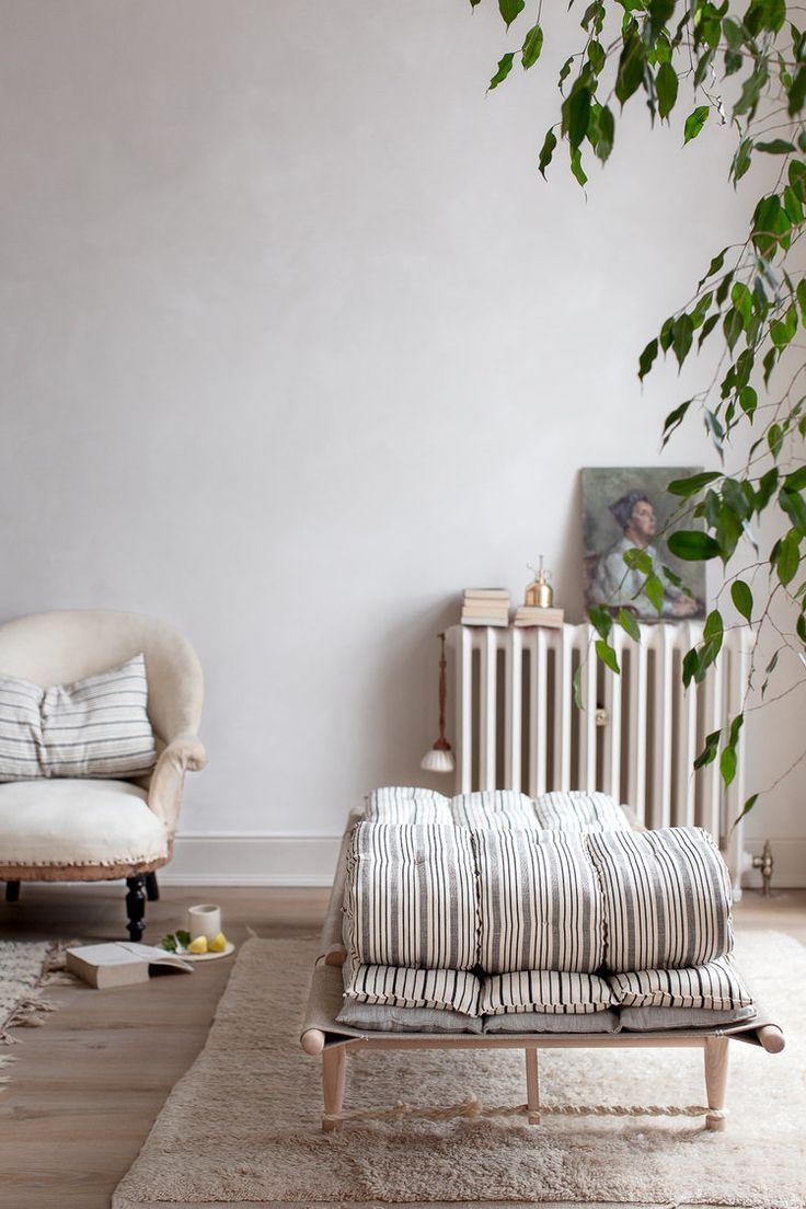 Nina plummer home tour on decor8 wohnzimmer inspo clean