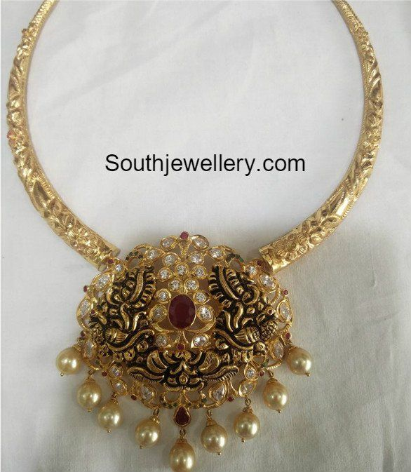 Simple Kanthi Necklace with Nakshi Pendant