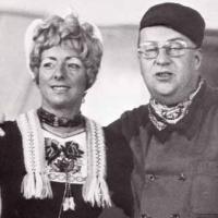 De boertjes van Buuten...Vanaf 1966 tot 1972 waren de Boertjes van Buuten het orkest in het televisieprogramma Mik van de KRO. Het programma verscheen meer dan zes jaar op de televisie met: De Boertjes van Buuten onder leiding van Jo Budie, Kees Schilperoort als Gait-Jan Kruutmoes, zangeres Annie Palmen als Drika en Henk Jansen van Galen als Lubbert van Gortel.