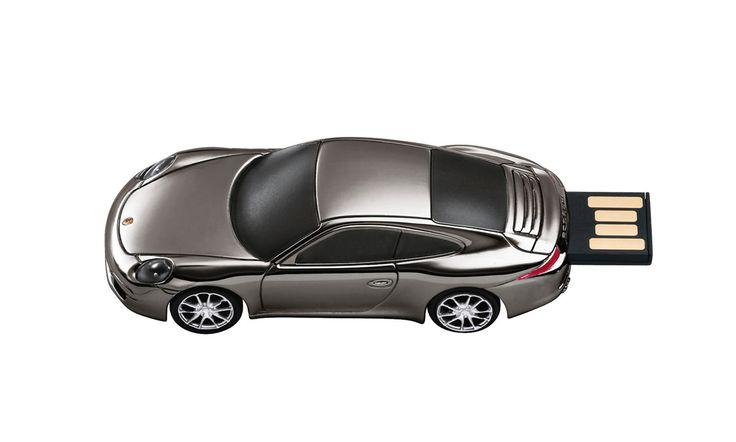 Porsche 8+GB+of+data.+With+retractable+USB+plug.+In+Black+Chrome....
