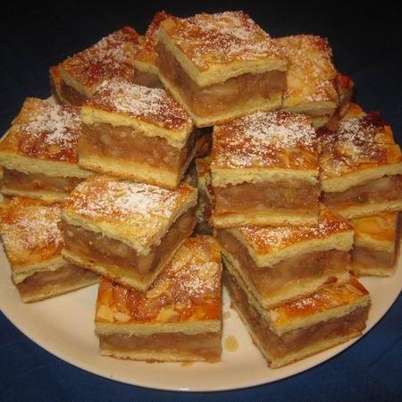 Egy finom Almás pite mandulával ebédre vagy vacsorára? Almás pite mandulával Receptek a Mindmegette.hu Recept gyűjteményében!