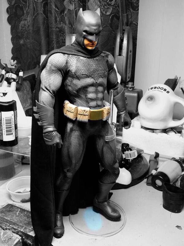 "first look at figure Batman from ""batman v superman"""