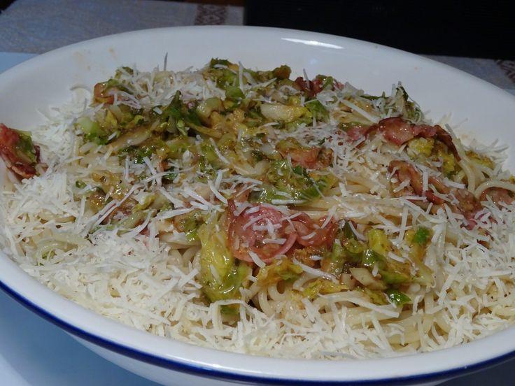 Σπαγγέτι με λαχανάκια Βρυξελλών και σάλτσα PIRI PIRI της SPAROZA