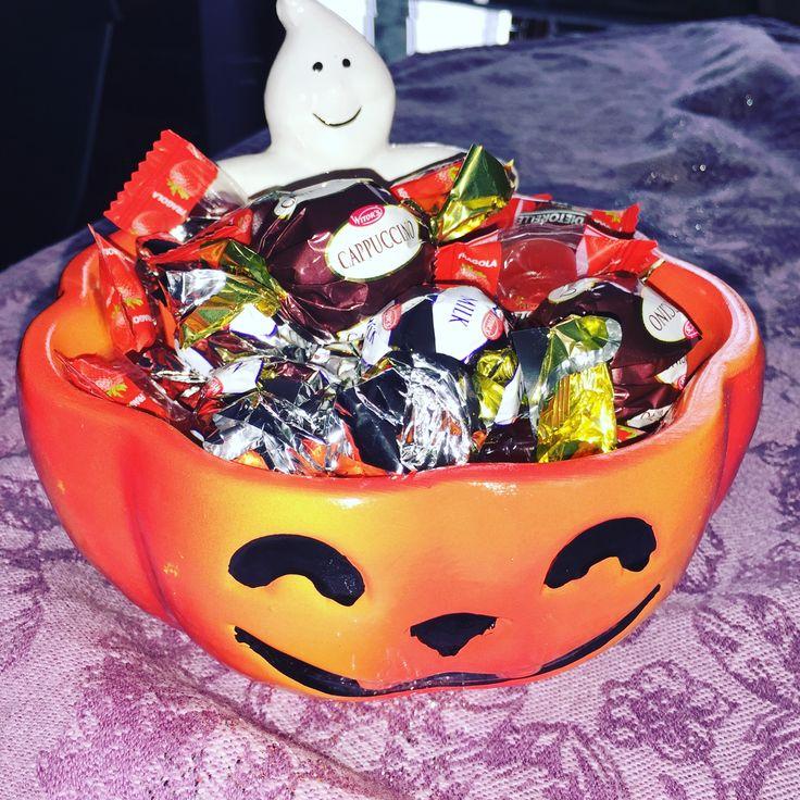 Anche se un po' in anticipo...noi iniziamo i preparativi per #halloween #dolcettooscherzetto #trickortreat #zucca #pumpkin #sweets 🎃👻