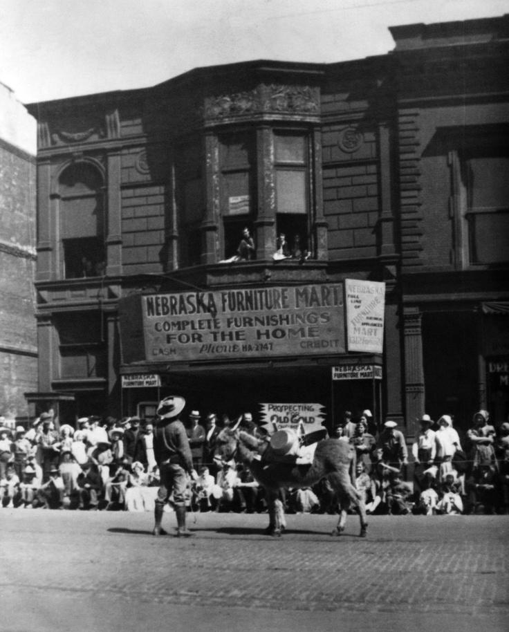 nebraska furniture mart history