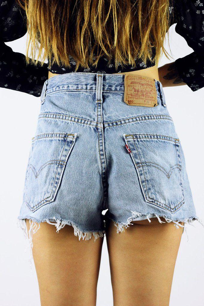 Vintage Cut Off Levi's Denim Shorts M-L