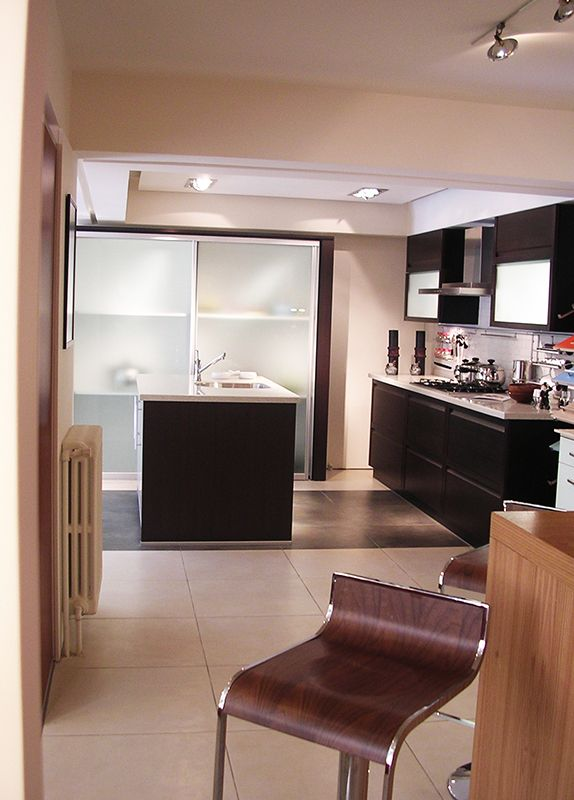 Category: Retail Client: Al-Diar Kitchens Company Area Space: 130 sq. meter Year of completion: 2004