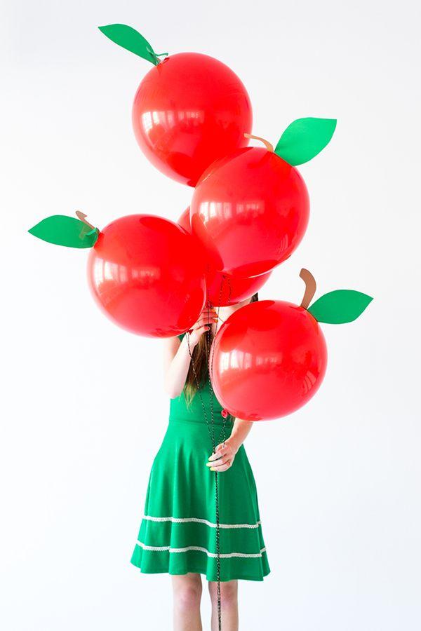 DIY Apple Balloons- para fiesta de Blancanieves
