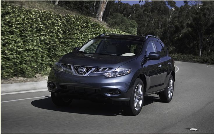 At its first generation in 2003, the Murano was part of a segment that was to become very popular, that of crossover-type SUVs. Moreover, the Murano has had immediate success when it was launched, the buyers being attracted by its ultramodern style as well as its most exciting driving than conventional SUV of the time.   #2011 #car #cars guide #Ford #Nissan Murano #Test #The Car Guide Tests and Features #the cars #the reconquest of the market! #vehicle