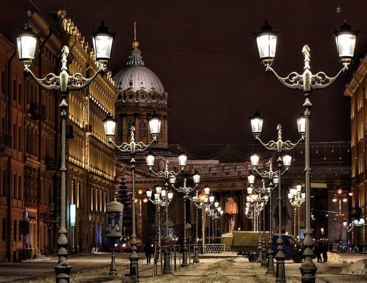 Малая Конюшенная улица.  Автор: S_evg31.