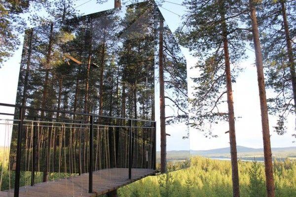 зеркальный отель в Швеции