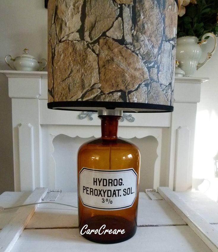 """Flaschenlampe aus alter Apothekerflasche mit selbst entworfenem Schirm """"Industriestil"""""""