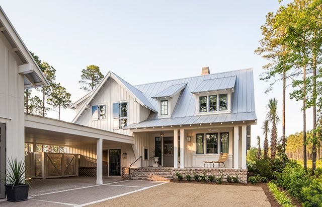 Simplicity Meets Tradition in this popular revival     The classic farm home style of architecture is as American as apple pie, and now a ...