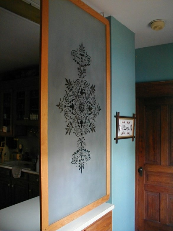 Etched Background With A Victorian Design To Give Privacy In The Kitchen  Area. Part 84