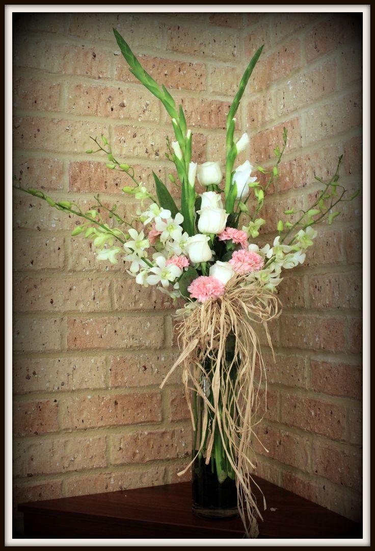 http://floralicious.wordpress.com/ Church Arrangement