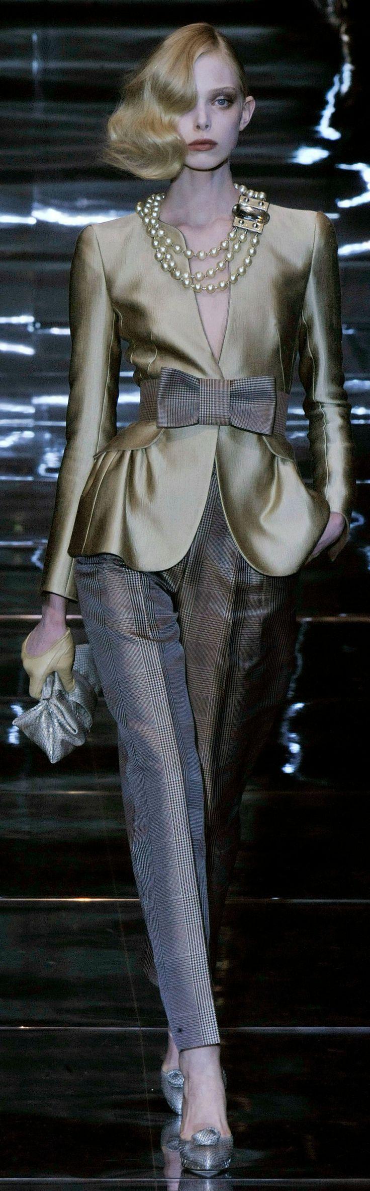 Giorgio Armani Privé Autumn/Winter 2008-2009 Haute Couture