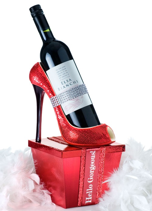 116 best images about diy wine gift basket ideas on for Diy wine bottle gifts