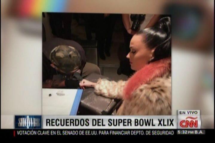 Katy Perry Se Hace Un Tatuaje Como Recuerdo Del Super Bowl #Video