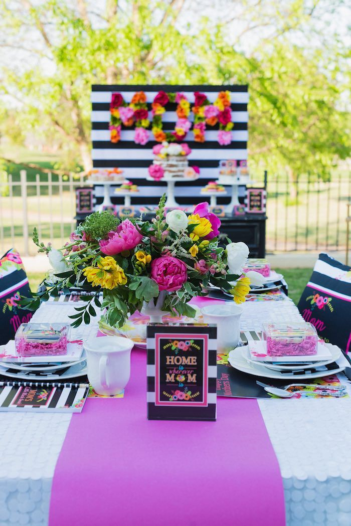 Colorful Mother's Day Party with FREE PRINTABLES