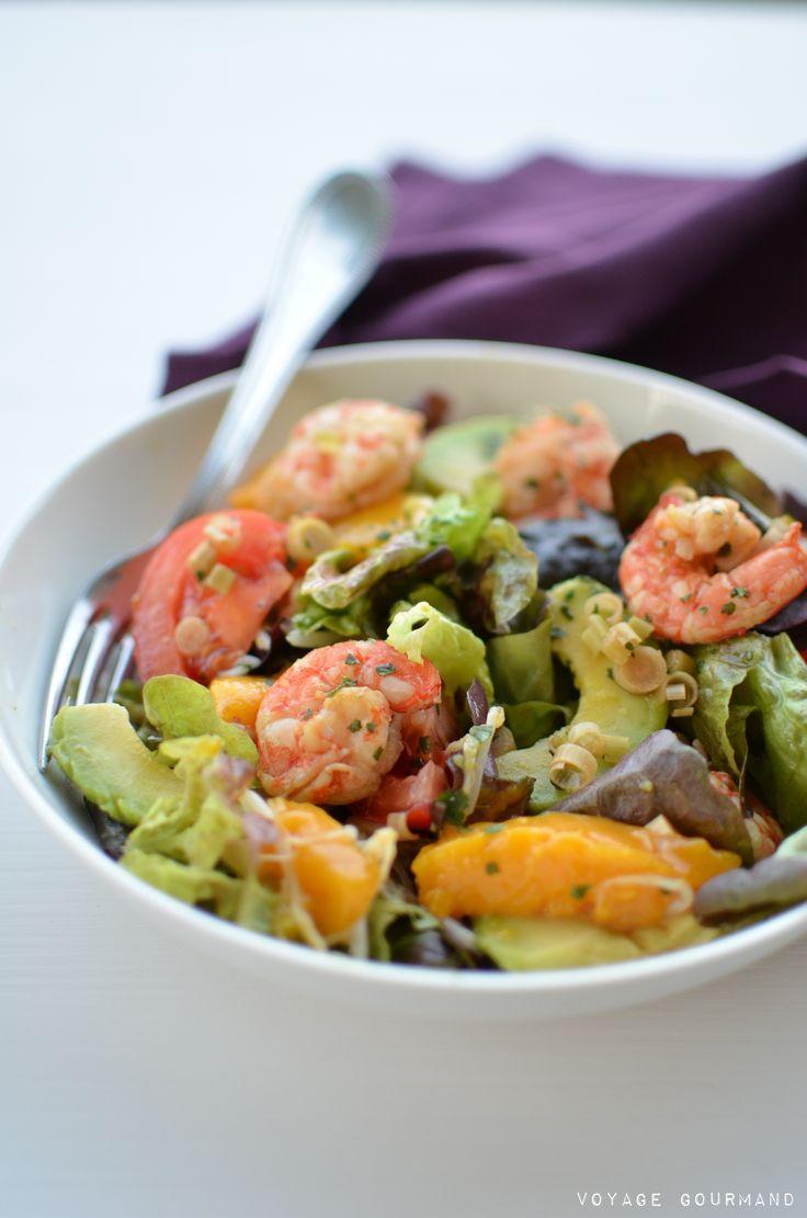Il n'y a pas mieux que cette salade de crevettes, avocat et mangue à la citronnelle toute colorée, au parfum d'Asie, pour se sentir en Été.