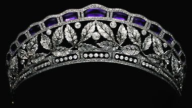 Antique tiara belongs to the Fouché d'Otrante family. It is an amethyst and diamond tiara with a leaf motif. It was worn by Countess Birgitta d'Otrante at the weddingof HRH Princess Benedikte of Denmark in 1968. (via historicbling-deactivated201308)
