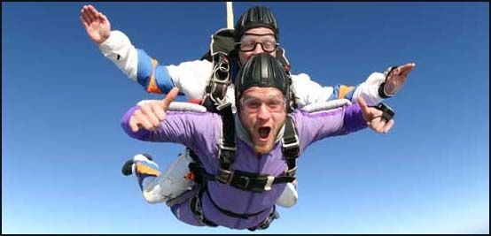 Sky Diving!Fun Travel, Bucketlist, Sky Diving Check, Stuff, Places, All Things Disney, Sky Diving3, Tandem Skydiving, Skydiving Buckets Lists
