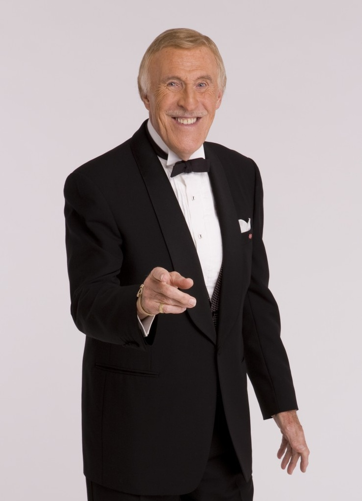 Sir Bruce Forsyth to Grace Stage at Hop Farm Festival.