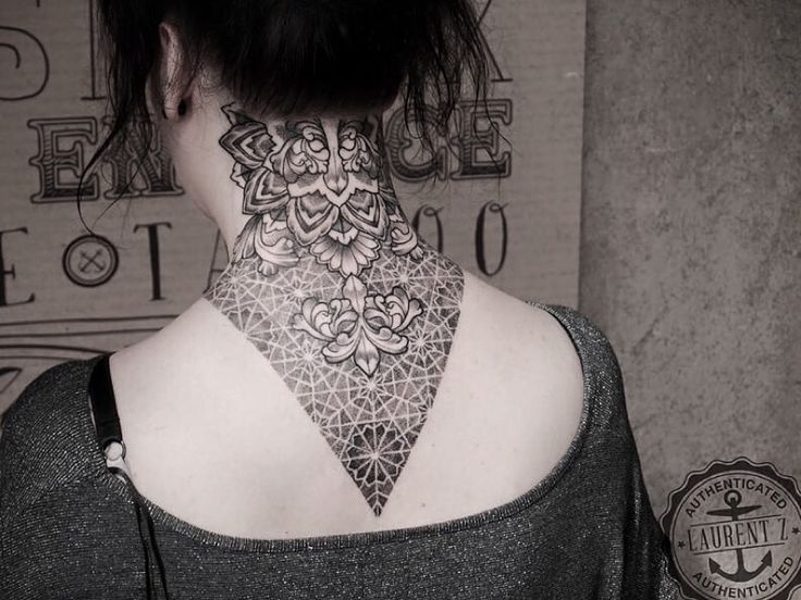 neck tattoo pattern acanthes acanthus dotwork sexy neck tattoo for girls blackwork