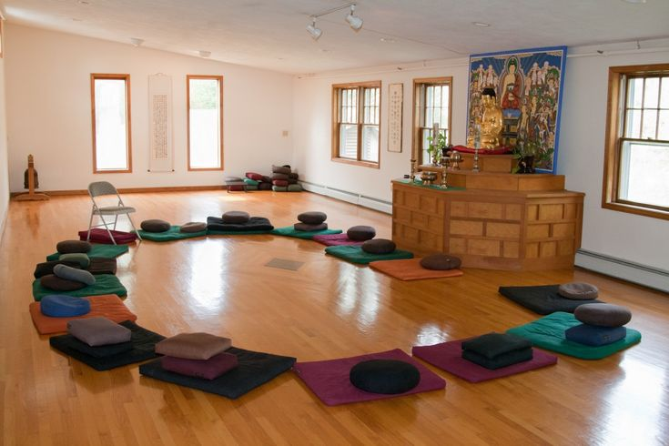 Meditation rooms, Meditation room decor and Holistic center on ...