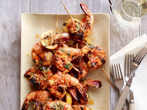 Spicy Lemon Shrimp Skewers from #FNMag #myplate #protein