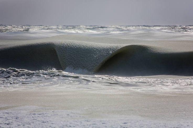 Nullahategy – Megfagytak a tenger hullámai Boston mellett