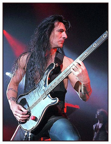 Joey Di Maio (Manowar) - He kills posers with steel