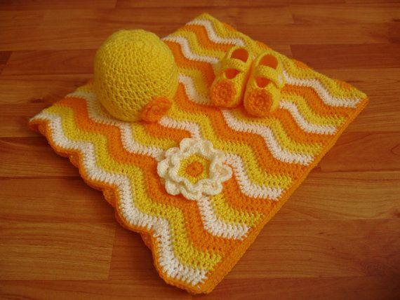 Crochet Baby Blanket Hat and Booties Set,Yellow Crochet Baby Girl Hat, Booties and Blanket Set with Flower, Baby Blanket, Baby Girl Hat