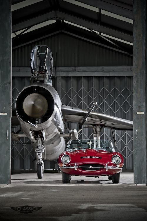 Jaguar E-Type and English Electric Lightning, shot 2011 at Bruntingthorpe airfield pic.twitter.com/lOjAnzSi8D - courtesy @James Barnes Lipman
