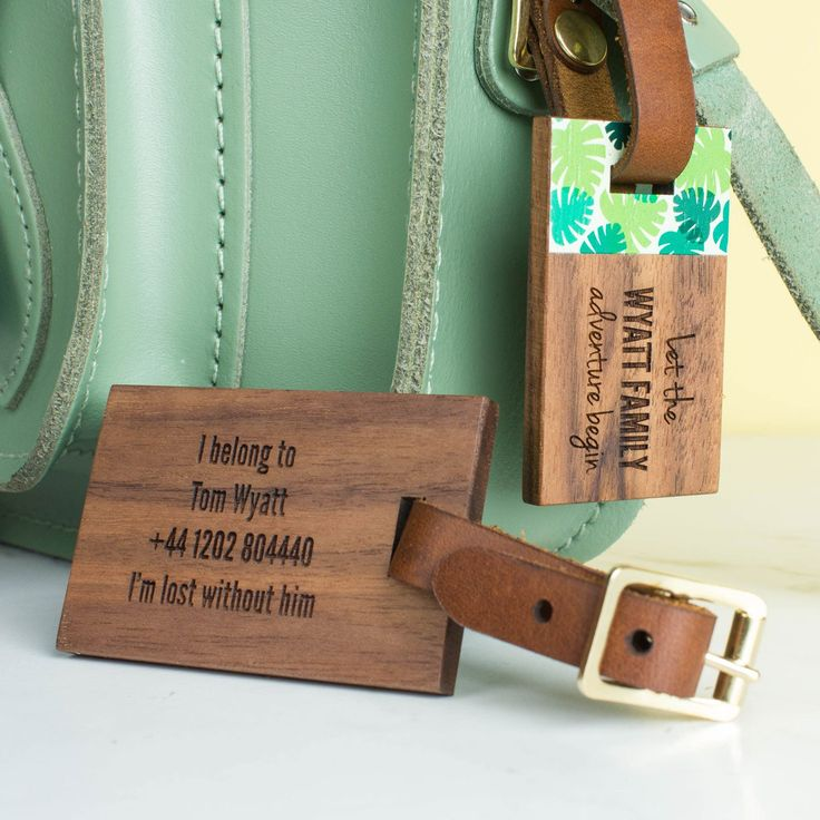 Personalised Wood Luggage Tags Family Set | Create Gift Love £44 This stunning walnut and leather luggage tag set is the perfect accessory for a family holiday. #travel #creategiftlove