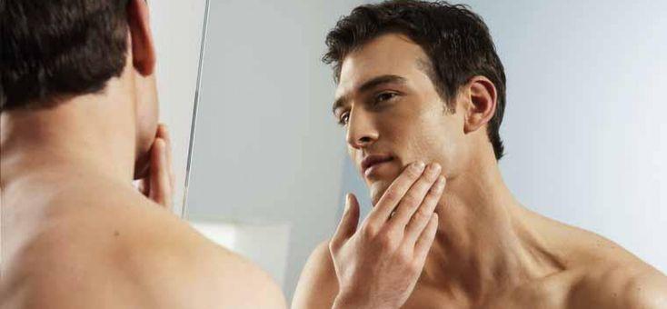 Tips! Astazi va oferim 5 sfaturi pentru barbati. Afla cum poti avea o piele sanatoasa! 1: curata-ti fata cu produse potrivite pentru tipul tau. 2: exfoliaza-ti pielea pentru a scapa de celulele moarte. 3: hidratarea poate face diferenta, atunci cand este vorba despre aspectul pielii. 4: ai grija de zona ochilor cu creme hidratante pentru ochi. 5: cu timpul, buzele isi pierd din colagen, tocmai de aceea este bine sa se foloseasca balsamuri de buze, cu factor SFP. Pentru o pi